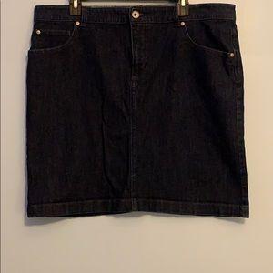 Women's IZOD Denim Skirt.